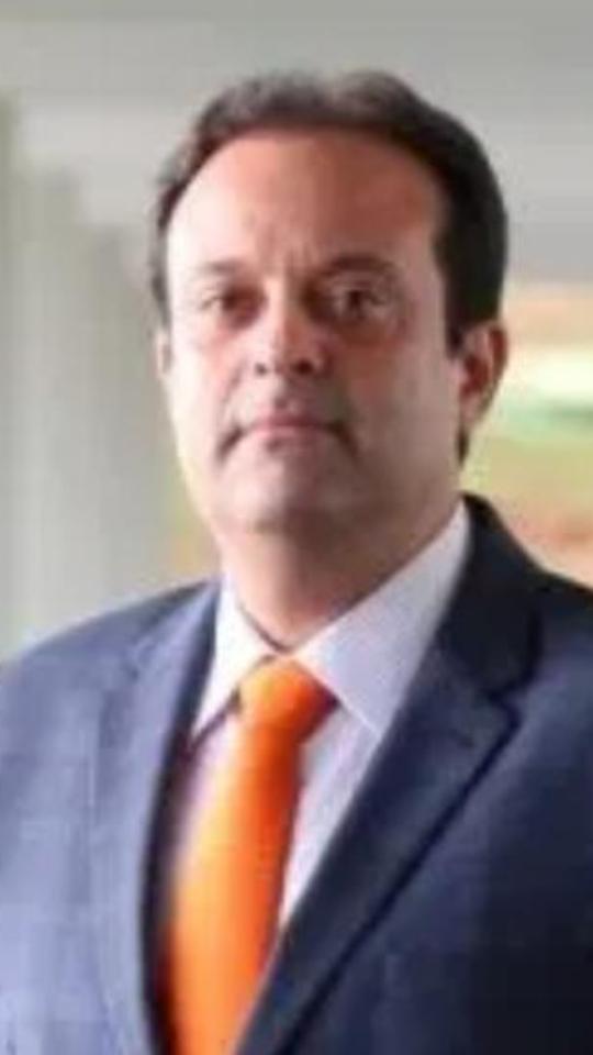 Witzel exonera secretários da Casa Civil e da Fazenda e faz troca-troca no governo