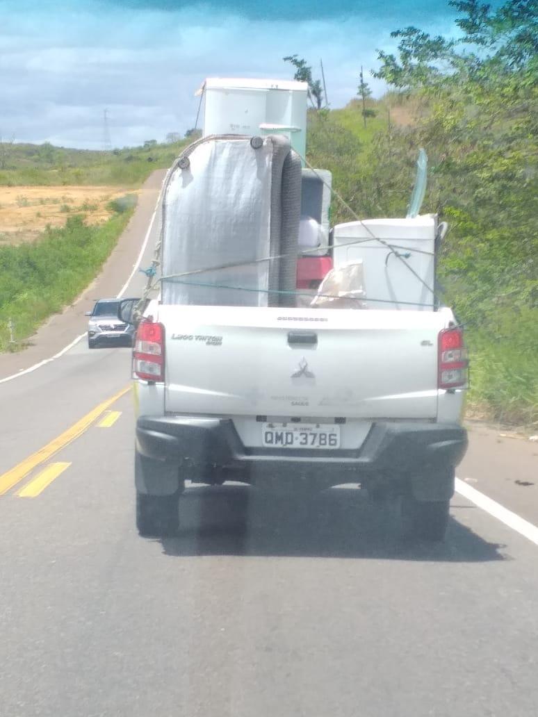 Veículo da Vigilância Sanitária de Propriá em flagrante desvio de finalidades