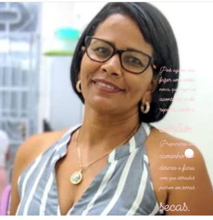 Cidadania e Direitos Humanos: A professora Luciene Bomfim vai receber o 10° Prêmio Tribuna da Praia 2020/2021