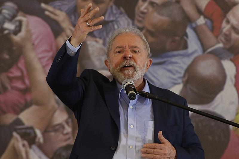 """2022: Análise de pesquisas com vantagem de Lula contesta tese de """"polarização"""""""